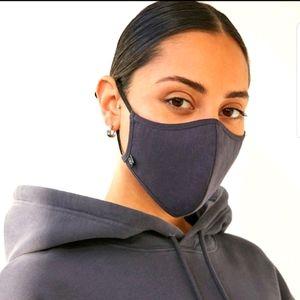 Aritzia masks